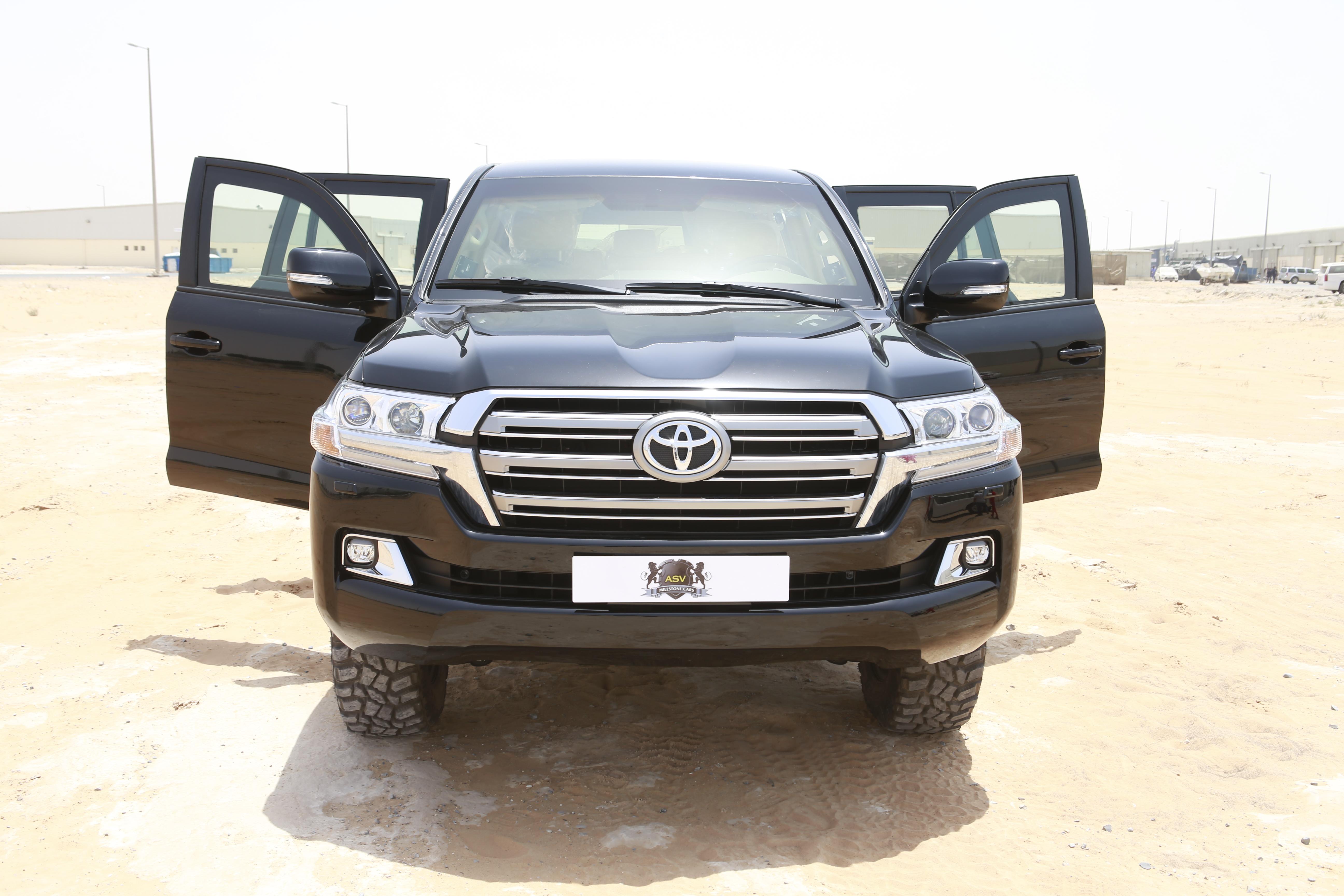 2017 Toyota Land Cruiser 200 4.6 Petrol