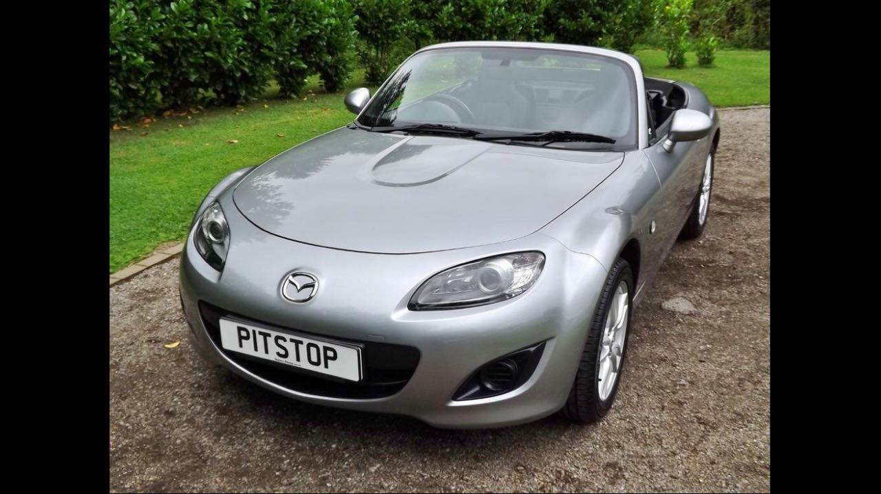 2011 MAZDA MX-5 ROADSTER CONVERTIBLE MANUAL 1.8 SE