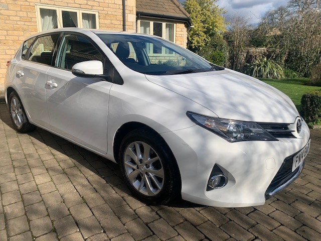 2014 Toyota Auris Icon, 1600cc Petrol, Manual, 1 owner from new, Full Service History