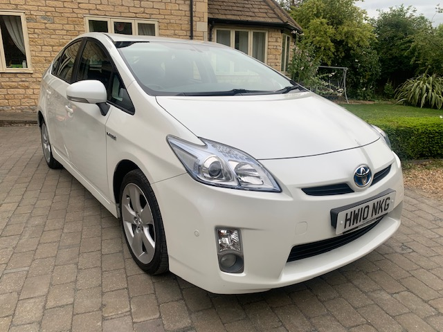 2010 Toyota Prius 1.8 Hybrid T Spirit 44,000 miles, 1 Previous Owner, Full Toyota main dealer service history,